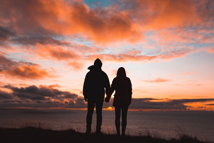 contoh-puisi-cinta-romantis-dan-mengharukan